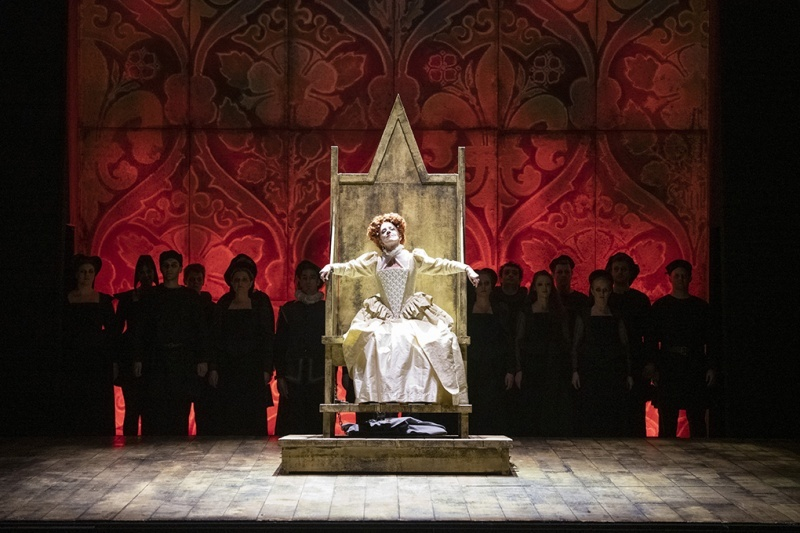 Elizabeth I, English Touring Opera, Hackney Empire